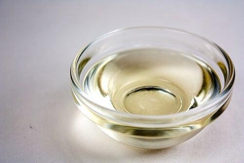 Φυτικά έλαια για την ενυδάτωση των μαλλιών σας - λαδι καρύδας