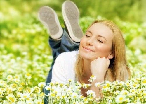 Πώς να είστε χαρούμενοι και με καλή διάθεση καθημερινά