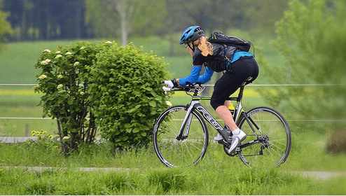 σύσφιξη των γλουτών με ποδηλασία