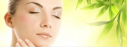 Θεραπείες ομορφιάς με μηλόξυδο - Γυναίκα με λαμπερό πρόσωπο