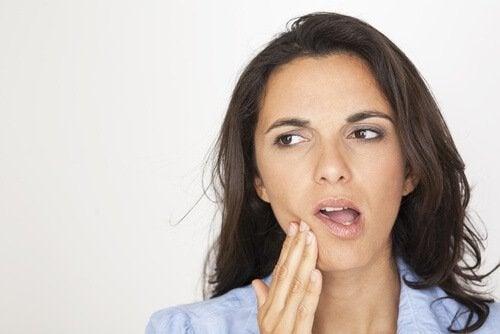 πλεονεκτήματα του φιλιού, οδοντική υγεία