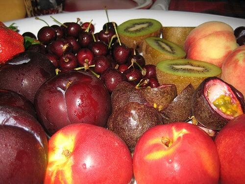 φρούτα με τις χαμηλότερες θερμίδες