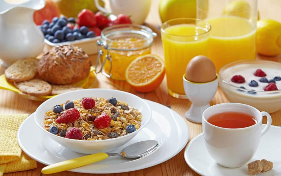 ξυπνάτε νωρίς, υγιεινό πρωινό