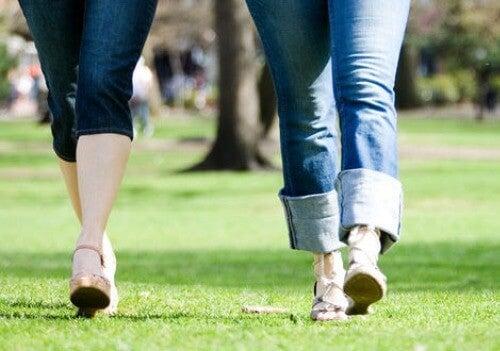 ασκήσεις για τους κιρσούς - περπάτημα