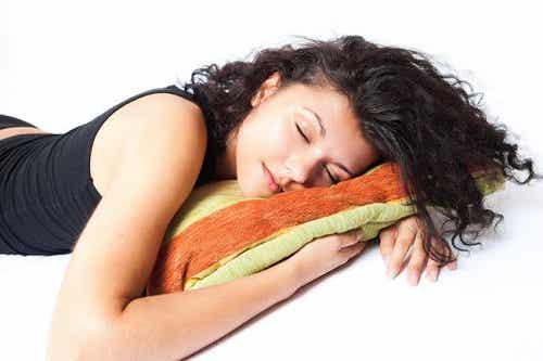 Πόσες ώρες πρέπει να κοιμόμαστε τη μέρα;