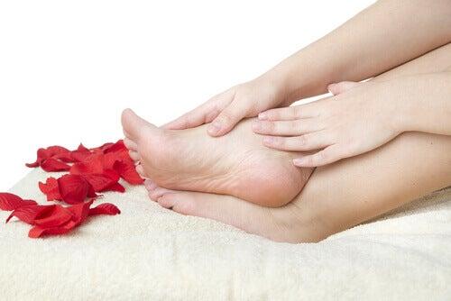 Συμβουλές για υγιή πόδια που πρέπει οπωσδήποτε να ακολουθείτε