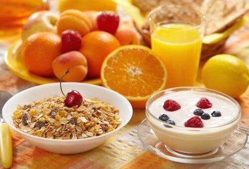 συμβουλές για την καταπολέμηση της δυσκοιλιότητας - υγιεινό πρωινό