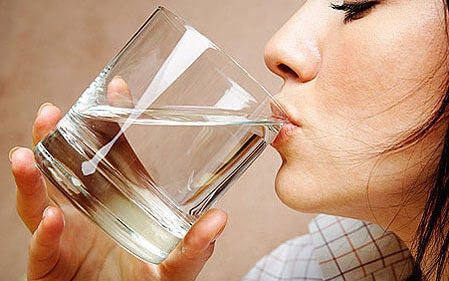 αποτοξίνωση της ουροδόχου κύστης με νερο