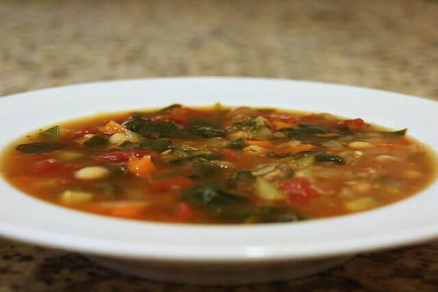 Υπέροχες συνταγές για θεραπευτικές σούπες