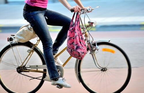 ασκήσεις για την υγεία - ποδήλατο