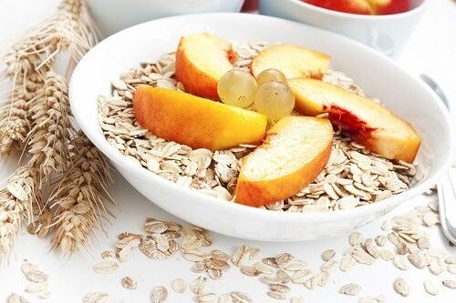 τροφές για να αποτοξινώσετε το συκώτι σας - δημητριακά