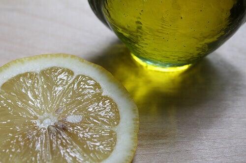 υπερβολική εφίδρωση και λεμονι