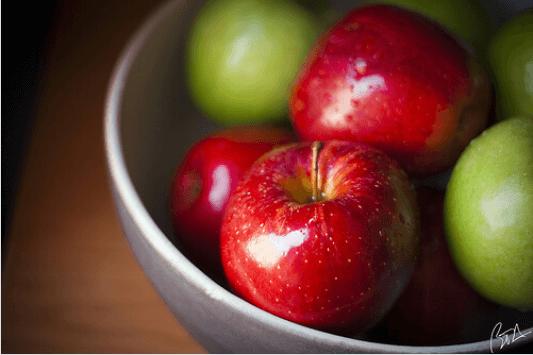 πρασινα και κοκκινα μηλα