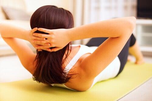 τα συμπτώματα της εμμηνόπαυσης με ασκηση