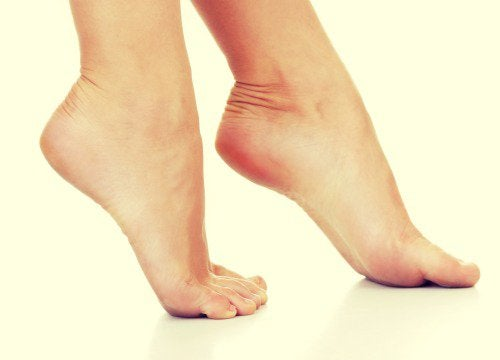 Αντιμετώπιση της άκανθας πτέρνας - Γυναικεία πόδια