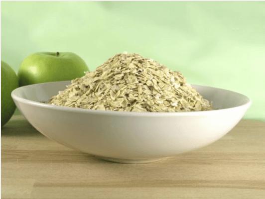 Τα οφέλη της βρώμης και των πράσινων μήλων - Βρώμη σε πιάτο