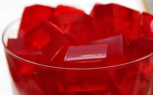 Καταπονημένο ισχίο - Δοχείο με ζελατίνη κόκκινου χρώματος