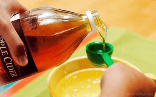 μηλοξυδο για να καθαρίσετε το φούρνο σας