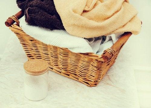 παράξενες χρήσεις της μαγειρικής σόδας - πετσετες