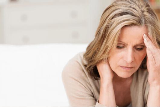 συμπτώματα που θα πρέπει να γνωρίζετε για την εμμηνόπαυση