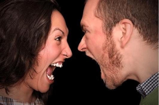 επιπτώσεις του θυμού στην υγεία - μυϊκοί πόνοι