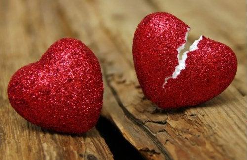 7 σημάδια που αποκαλύπτουν την απιστία ενός συντρόφου