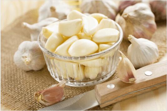 θεραπείες για μελανιές με σκόρδο