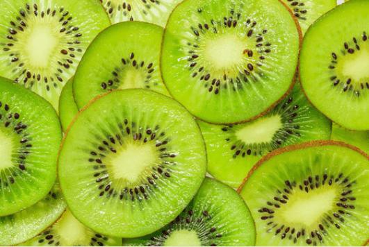 Υγιεινά φρούτα - Ακτινίδια σε φέτες