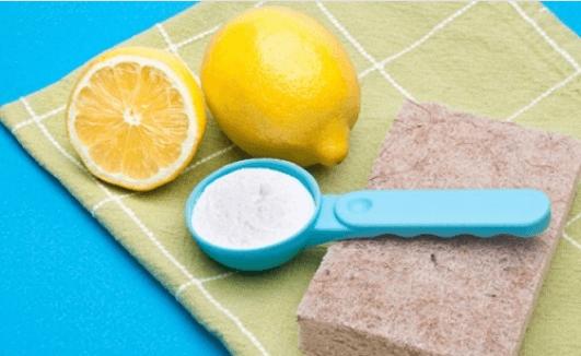 Πώς να καθαρίσετε το σπίτι σας φυσικά και ανέξοδα