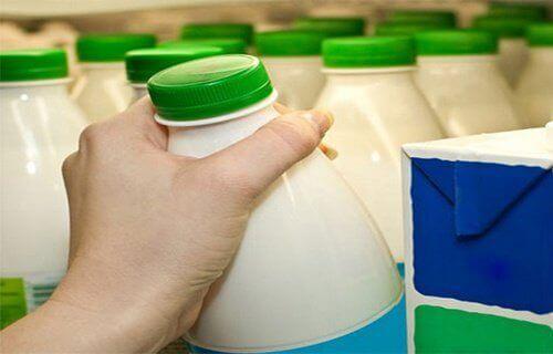 Μελέτη του Χάρβαρντ: όχι στο γάλα με χαμηλά λιπαρά