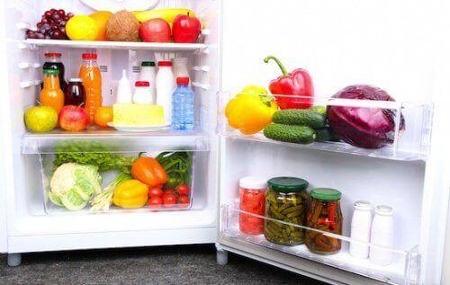 14 τροφές που πρέπει να έχετε πάντα στο ψυγείο