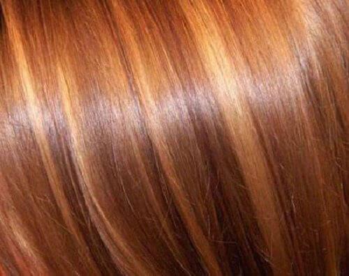 5 πανεύκολα κόλπα για λαμπερά μαλλιά
