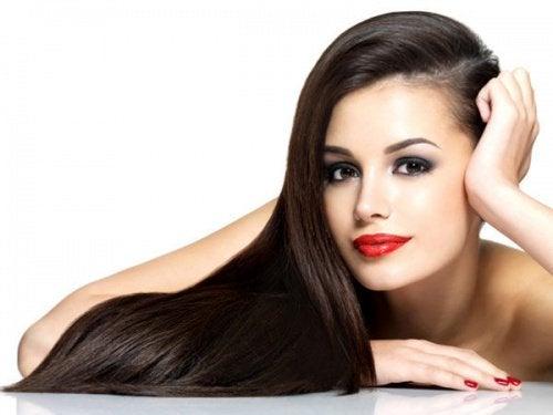 για λαμπερά μαλλιά