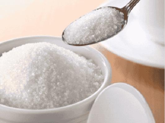 Ένα κόλπο για την αϋπνία: αλάτι και ζάχαρη