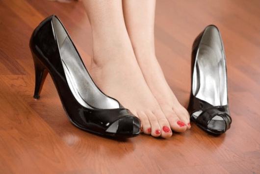 Εξαφανίστε τον πόνο στα πόδια με απλές οδηγίες υπόδησης - Με Υγεία 26eba996631