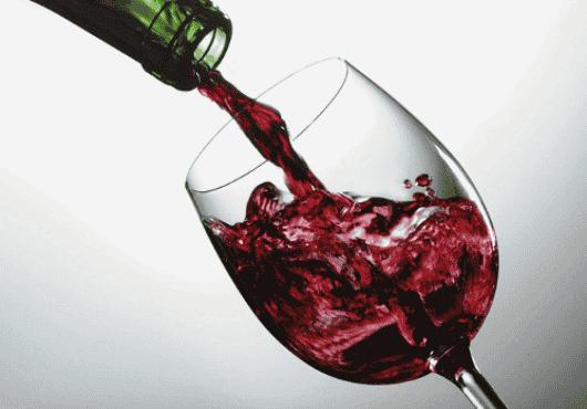 Ένα ποτήρι κρασί την ημέρα ισοδυναμεί με 1 ώρα άσκησης