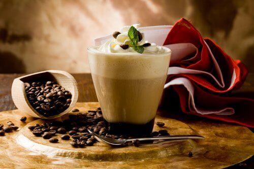 άγχος και κόπωση καφές