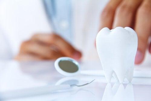 Ποια σημάδια στο στόμα είναι ένδειξη ασθένειας;΄Απώλεια δοντιών