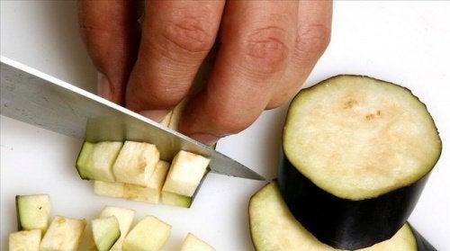 Μελιτζάνα: βασικό στοιχείο της διατροφής σας