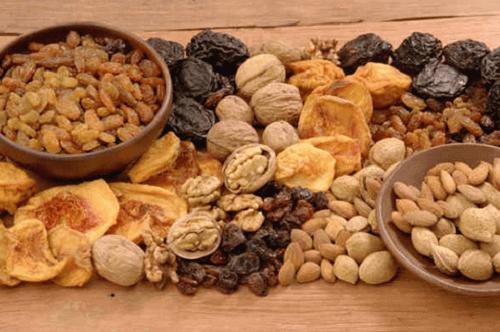 Τροφές πλούσιες σε σίδηρο - Ποικιλία ξηρών καρπών