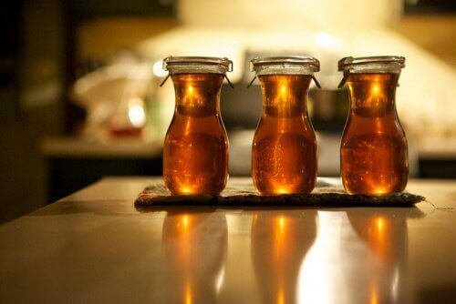 συνταγές με δεντρολίβανο, μέλι, δεντρολίβανο για καλύτερη κυκλοφορία του αίματος