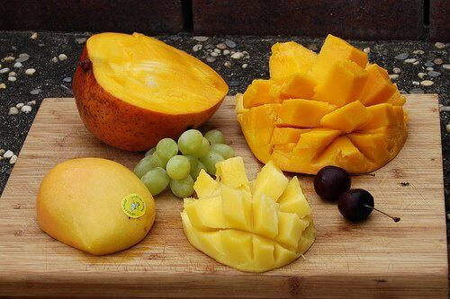 2-mango-kai-papaya