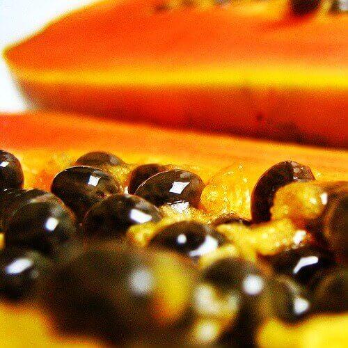ωφέλειες που προσφέρουν οι σπόροι παπάγιας - αδυνάτισμα