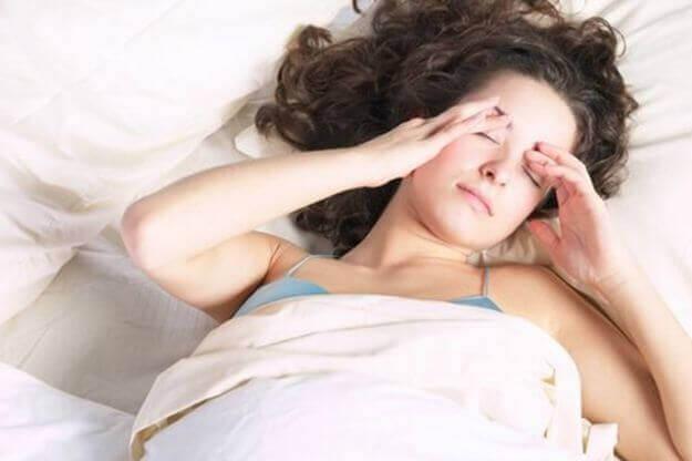 αιτίες πονοκεφάλου, ύπνος