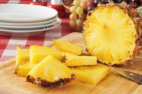 αντιφλεγμονώδη φρούτα- ανανας