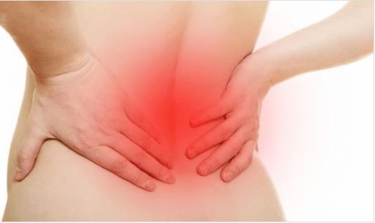 8λεπτο πρόγραμμα διατάσεων για τον πόνο στην πλάτη