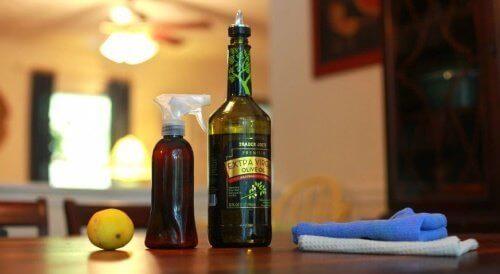 σπιτικό καθαριστικό προϊόν spray από ελαιόλαδο