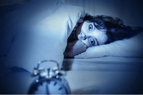Παράλυση ύπνου όταν κοιμάστε βαθιά
