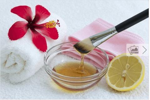 Αναζωογόνηση του δέρματος - Μέλι και χυμός λεμονιού σε μπολ