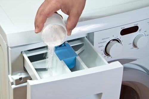 καθαρίζετε το πλυντήριο